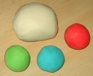 play_dough_color
